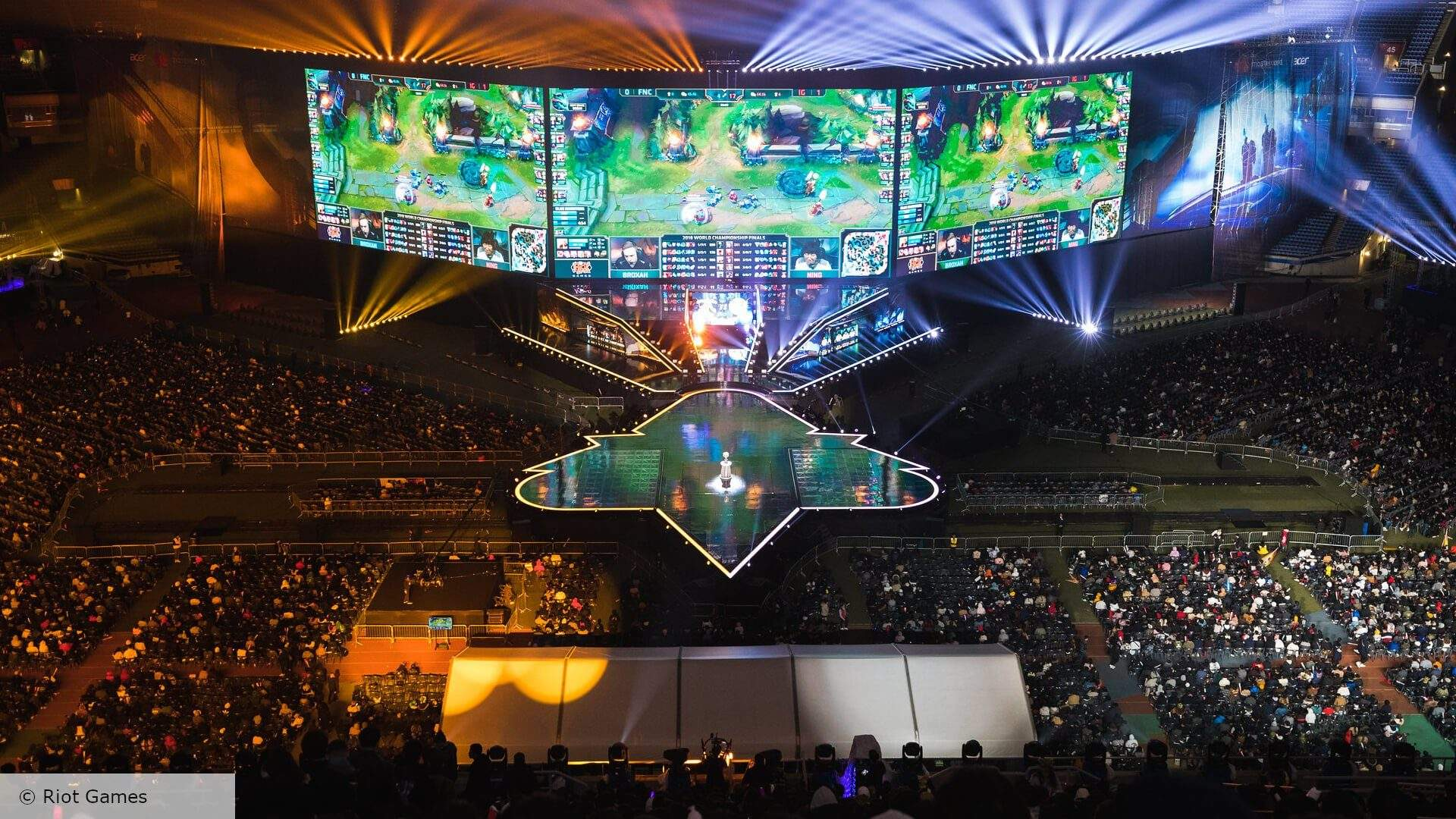 League of Legends Worlds 2020 in Jeopardy