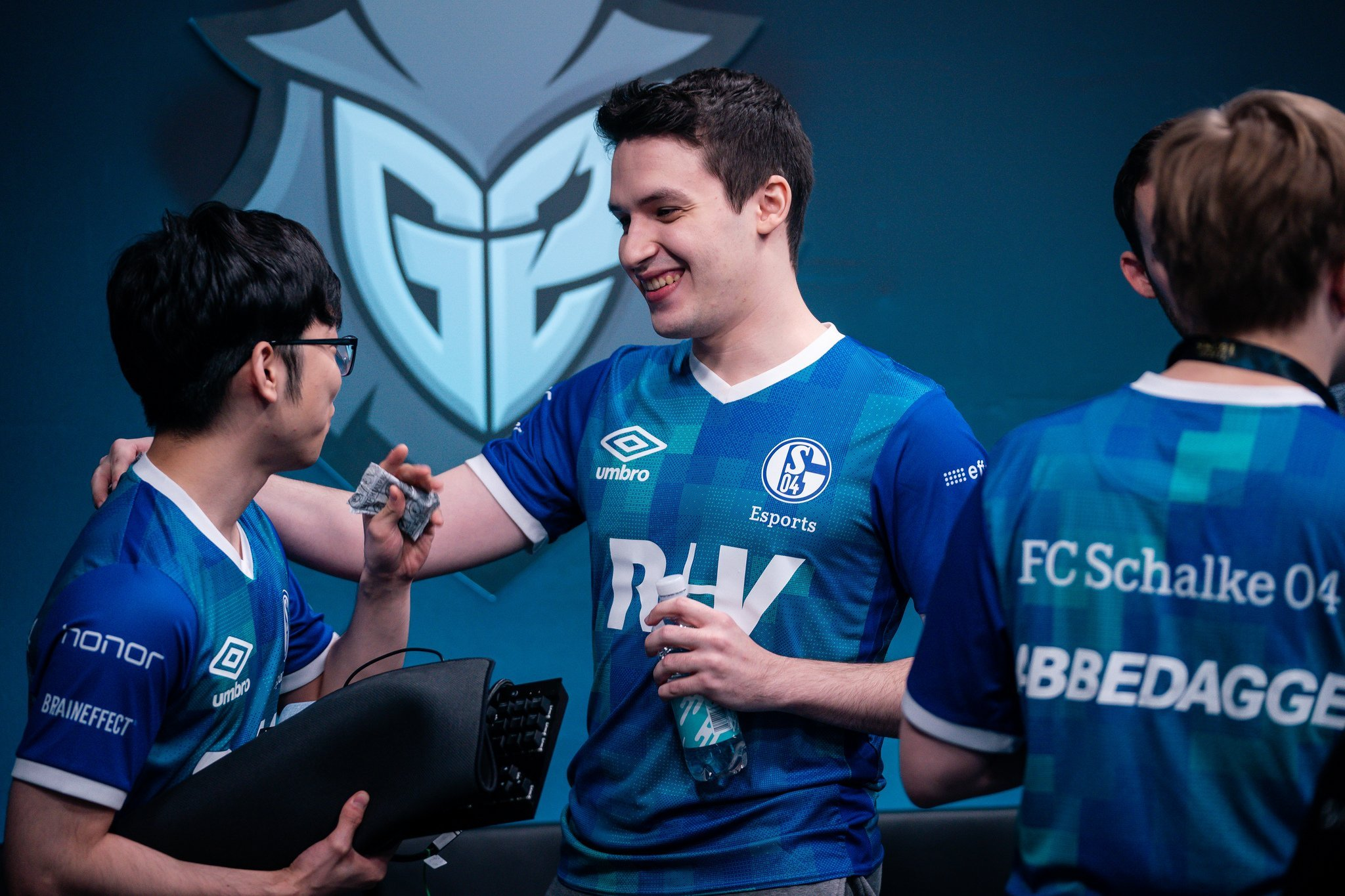 Schalke 04 could be forced to leave League of Legends