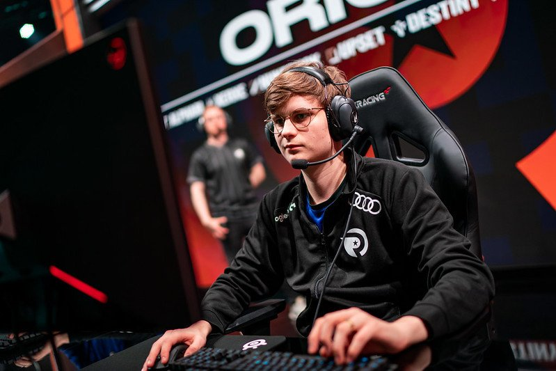 Fnatic Upset to miss Worlds 2021 Group Stage
